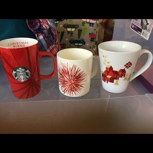 3 Starbucks Mugs Used Excellent Condition Holidays